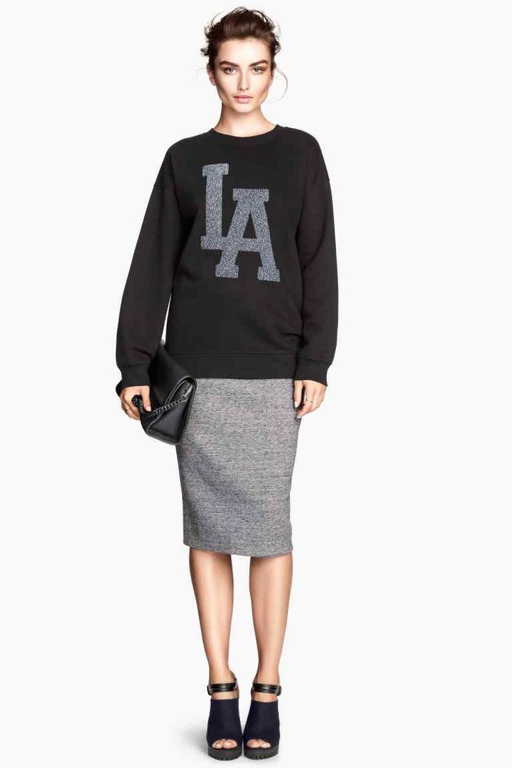 ZARA sweat-shirt et jupe crayon