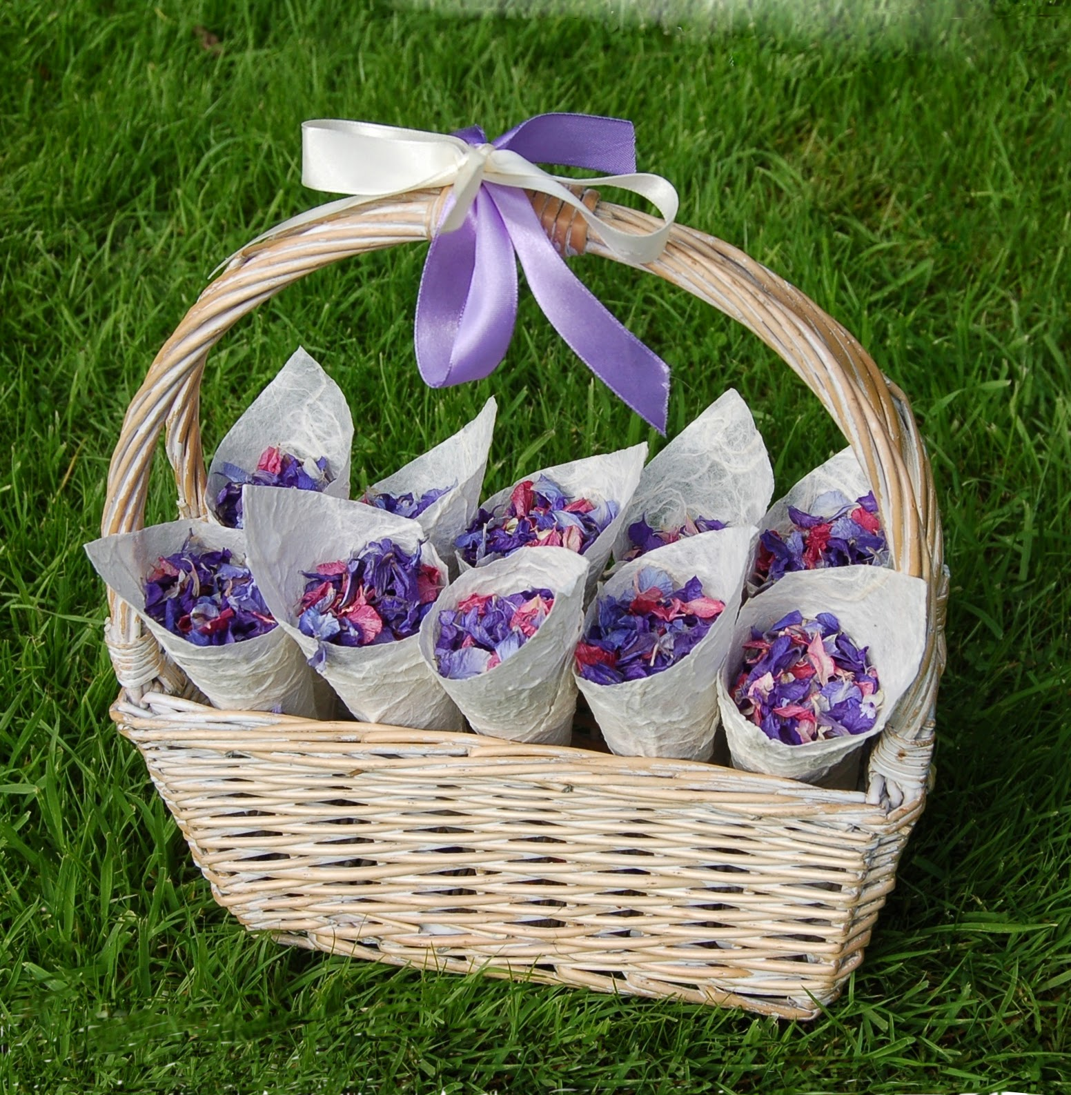 Flower Baskets For Weddings Uk : The confetti a guide to choosing your cones