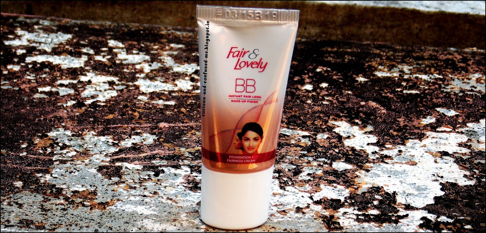 Fair and Lovely BB cream review, Fair and Lovely BB cream swatch, Fair and Lovely BB cream good or bad, BB cream in India, Dusky beauty blogger.