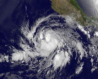 Tropischer Sturm BUD fast ein Hurrikan - Mexiko praktisch außer Gefahr, Bud, aktuell, Mai, 2012, Hurrikansaison 2012, Nordost-Pazifik, Pazifische Hurrikansaison, Vorhersage Forecast Prognose, Satellitenbild Satellitenbilder, Mexiko, Verlauf, Zugbahn,