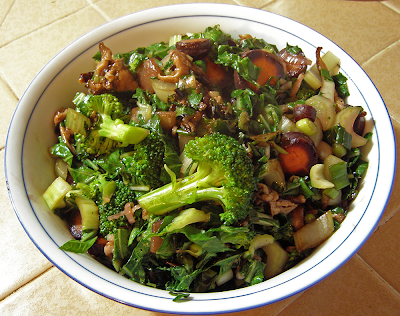 Large Bowl of Stir-fried Veggies with Purple Carrots and Broccoli