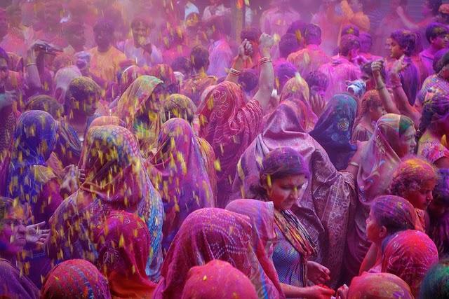 festival_holi_india_2015