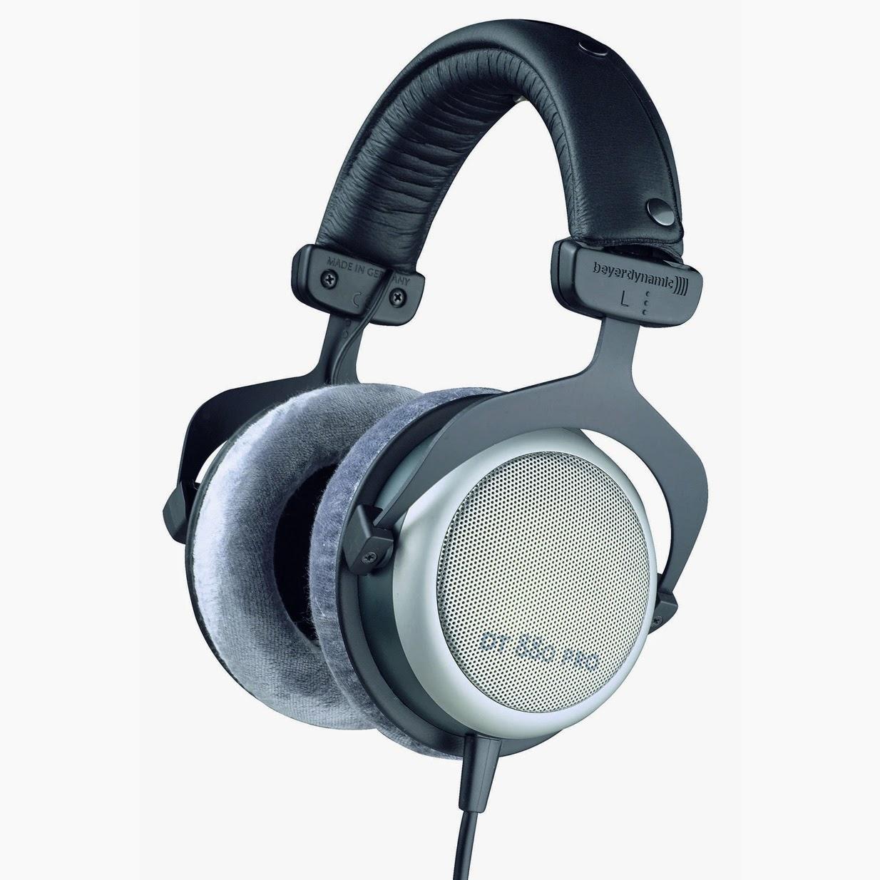 Headphones In Car Legal Uk