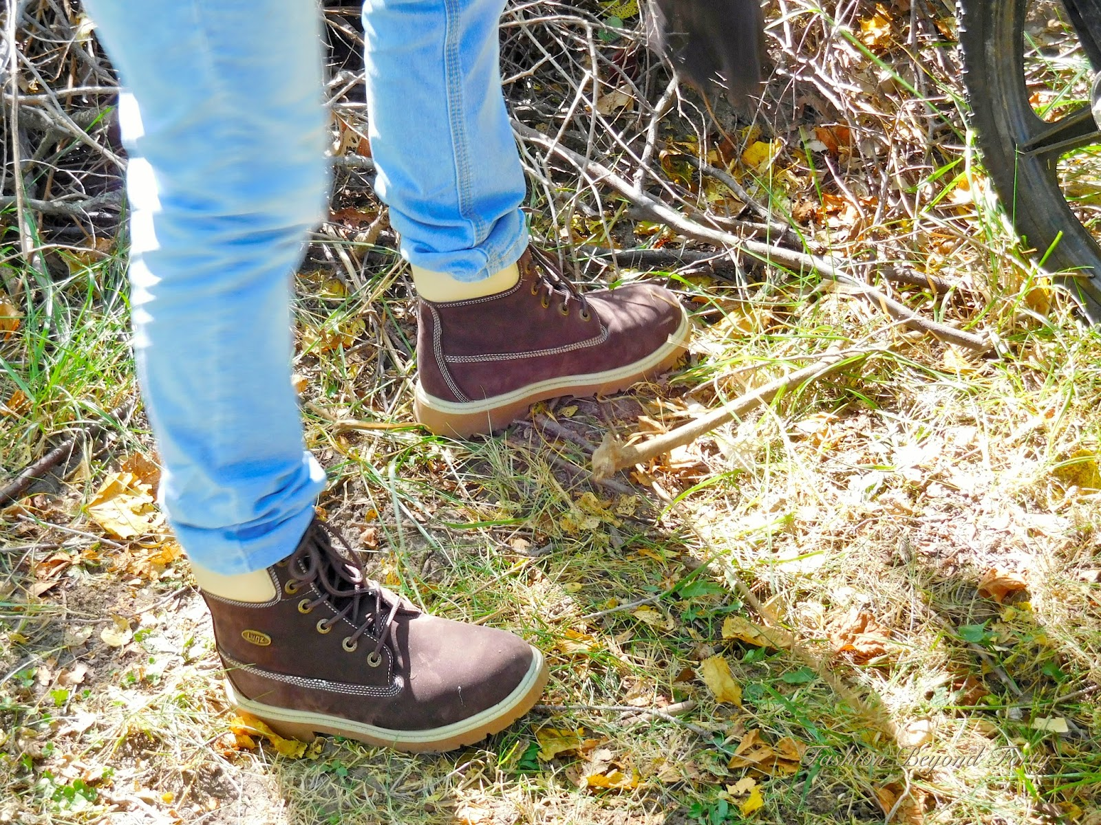 Living Large in Lugz Giveaway and Review