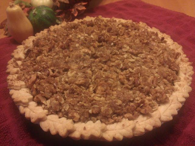 Maple Pumpkin Pie with Streusel
