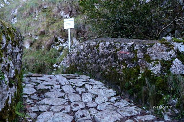 Puente Pompedru - Desfiladero del Río Casaño - Asturias