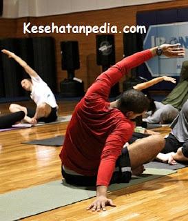 Gerakan olahraga ringan untuk mengecilkan perut buncit