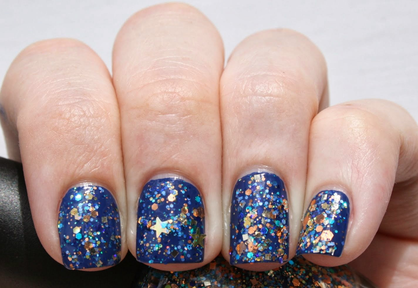 Star Kin Noely Swatch