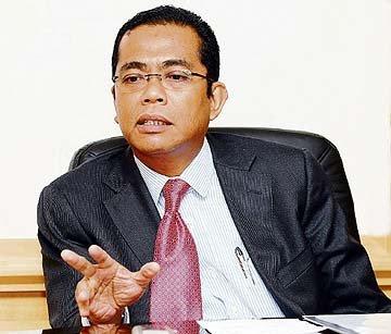 Khaled Nordin Angkat Sumpah Menteri Besar Johor