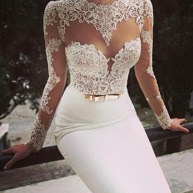 suknie ślubne, suknia slubna z koronka, koronkowa sukienka ślubna, suknia ślubna biało złota dopasowana suknia ślubna, rybka