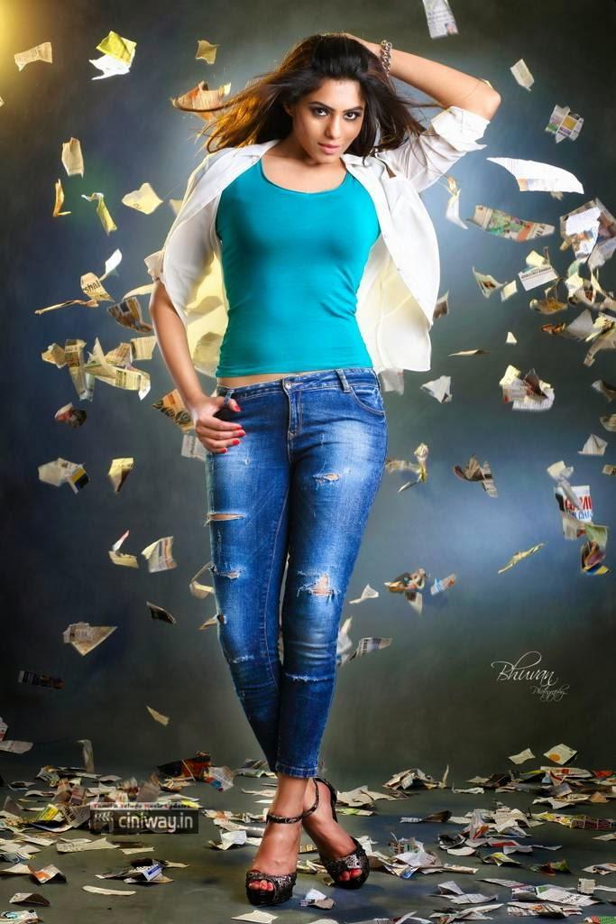 Deepa-Sannidhi-New-Photo-Shoot