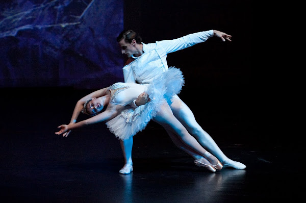 Pas de Deux from Swan Lake. The Ballet School Caboolture Qld.