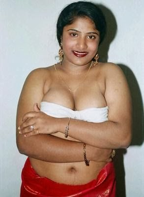 Tamil Nattu Kattai Aunty Stills | Cinespot Movie Galleries Hot Stills
