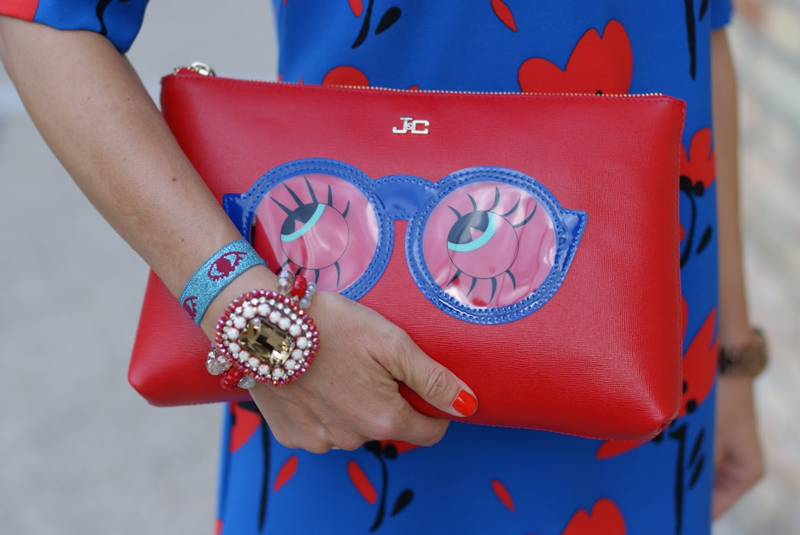 jack y celine glasses red clutch on Fashion and Cookies