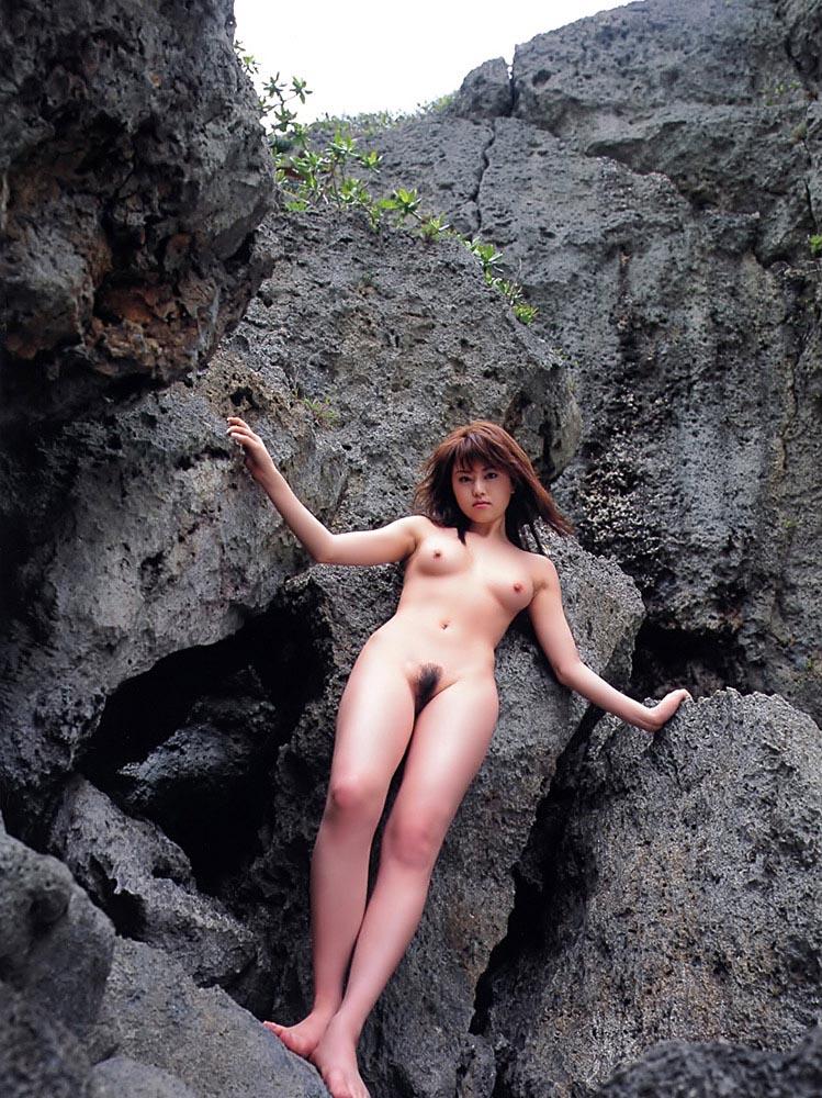 akiho yoshizawa sexy nude photos 04