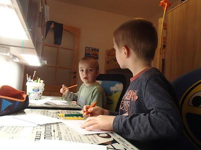 Pisanie listu, listy do Mikołaja, prezenty mikołajowe