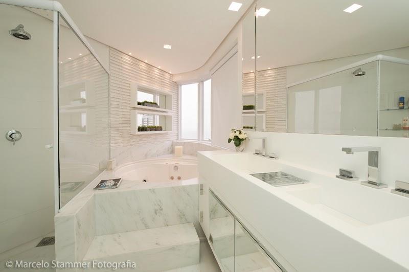 Banheiros com Banheiras! 30 Modelos maravilhosos!  DecorSalteado -> Banheiro Com Banheira Precisa De Chuveiro