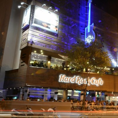 how to hard rock cafe success (success) owned/operated a restaurant franchise or franchises in the casual  dining  (success) owned/operated a retail business in the target country/region.