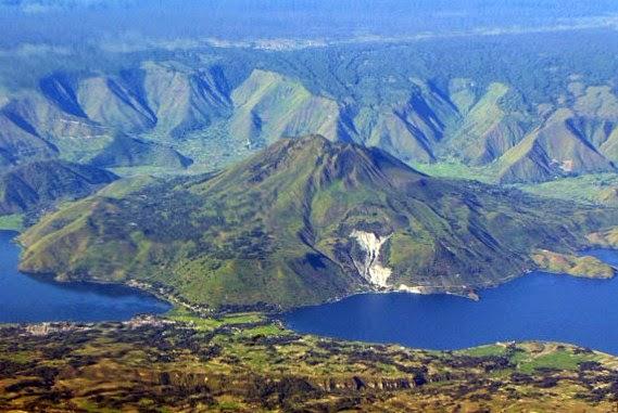 wisata pusuk buhit danau toba