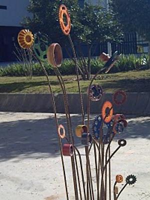 jardin-mecanico-detalle-escultura-de-barbara-diaz