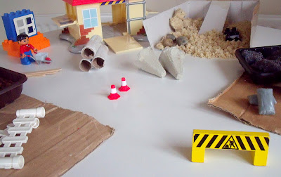 DIY CONSTRUCTION SITE PLAYSET