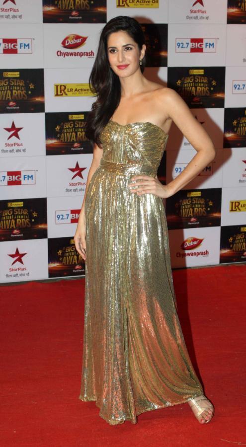 bollywood celebrities at BIG Star Entertainment Awards