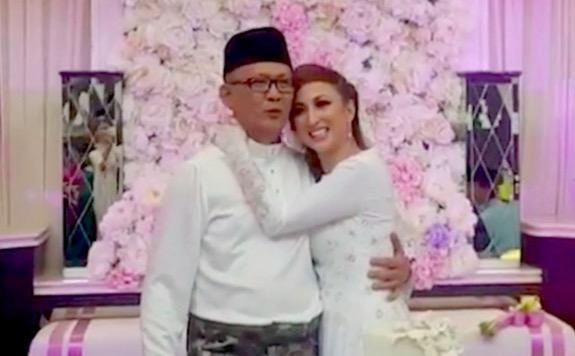 Maria Farida dan Datuk Rahman kini bergelar suami isteri