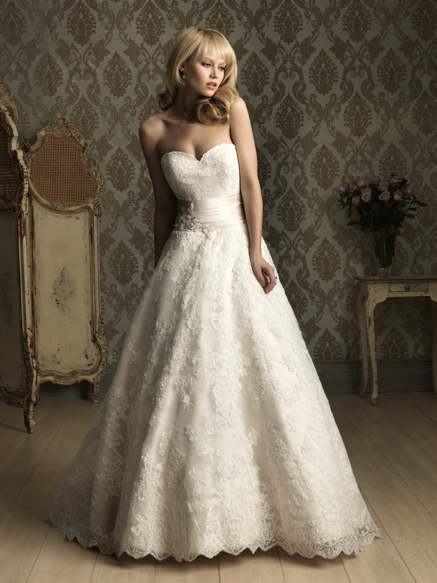 I heart wedding dress allure bridal ballgown for Lace a line wedding dress with sweetheart neckline