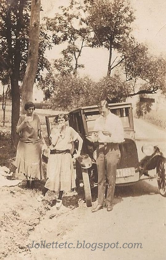 Sullivans and Breedens on the road to Bayse, VA  1923-24  http://jollettetc.blogspot.com