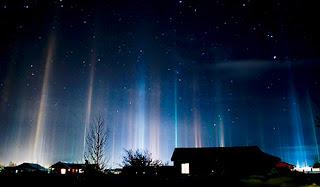 fenomena alam unik tiang cahaya di daerah kutub