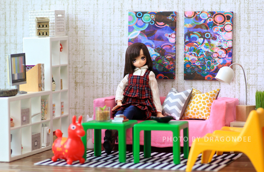 ikea huset doll furniture. the huset comes with one expedit shelf vago chair lack table klippan sofa a stockholm rug and famnig hjarta pillow ikea doll furniture