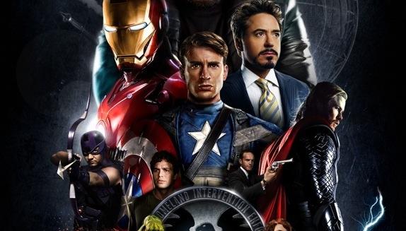 Avengers est un film de super-héros américain (blockbuster) écrit et réalisé par Joss Whedon, sorti en 2012