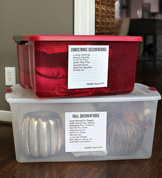 Storage bins with lables