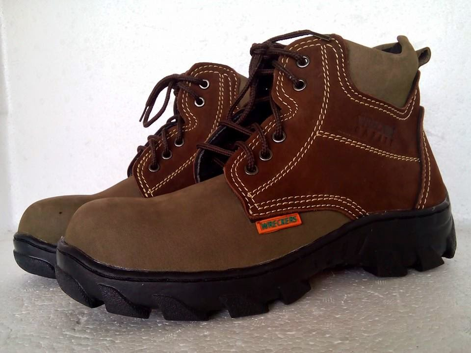 Sepatu Boots Pria Kulit