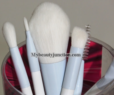 Beautyblender Detailers makeup brushes review, usage and photos