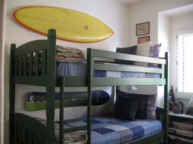 bunkbed, hanging surfboard, hanging snowboard,kids' bedroom