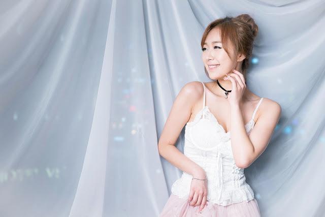 1 Minah - Three Studio Sets - very cute asian girl-girlcute4u.blogspot.com