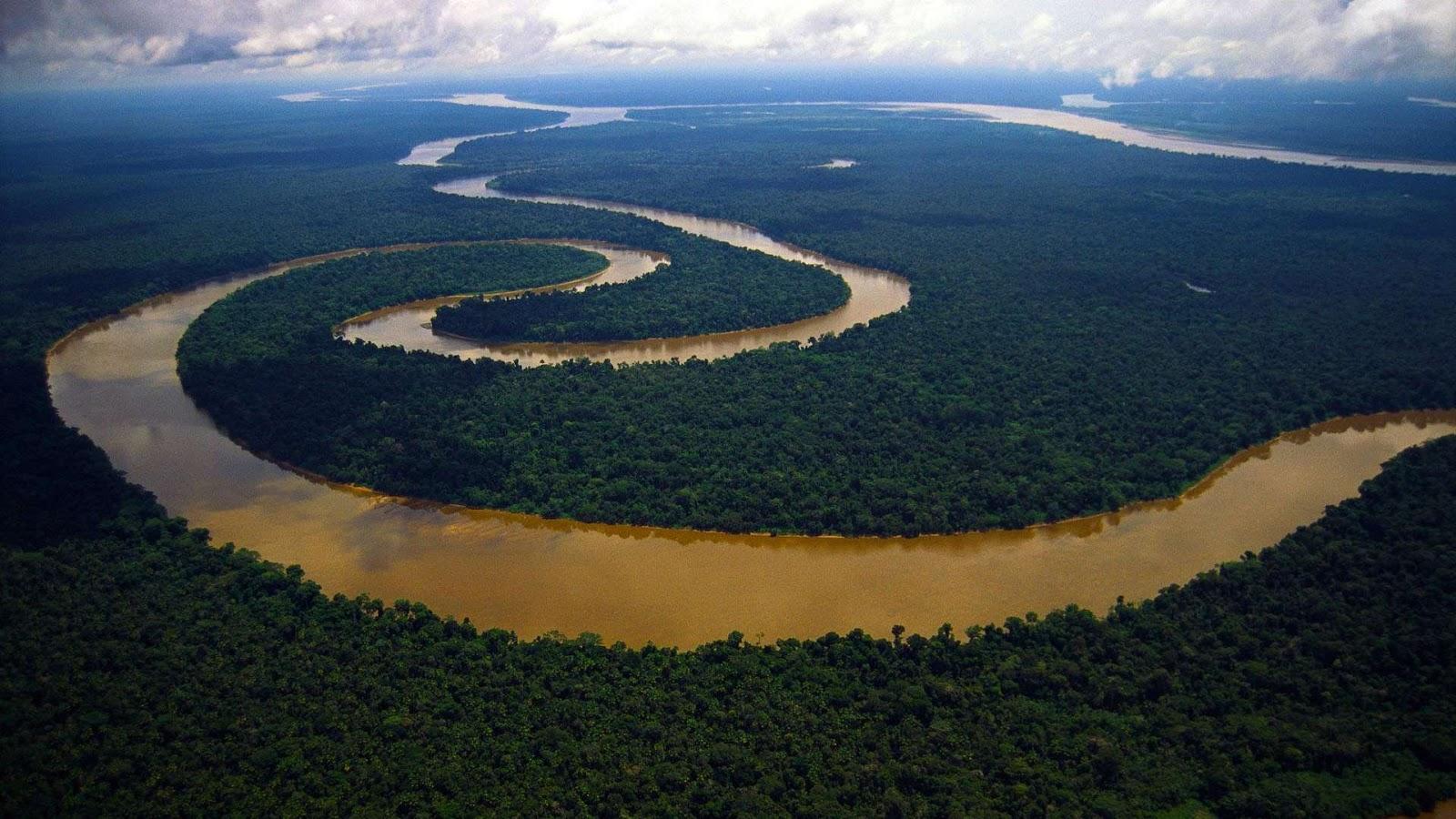 Meandering River Tigre, Peruvian Amazon