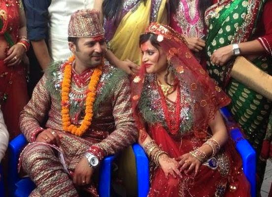 aryan sigdel marriage photo