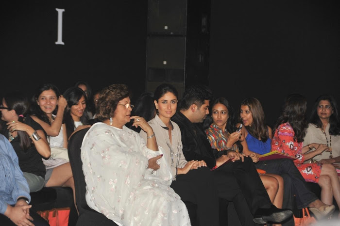 kareena kapoorkaran johar at lfw 2012. glamour  images