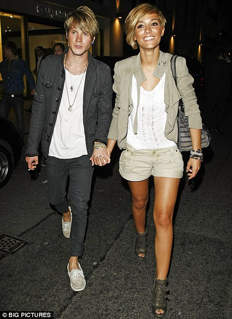 Who is dougie poynter dating december 2011