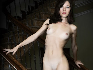 Elaine Cassidy naked a staircase UHQ
