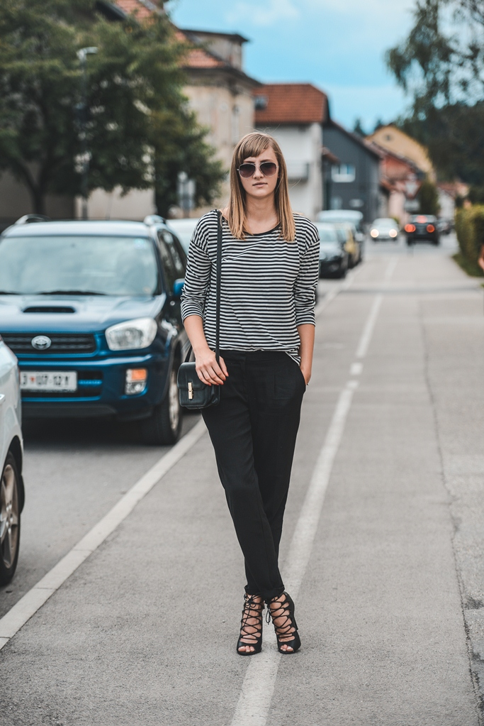 minimalistic outfit, striped shirt, lace up sandals, blogger outfit, street style