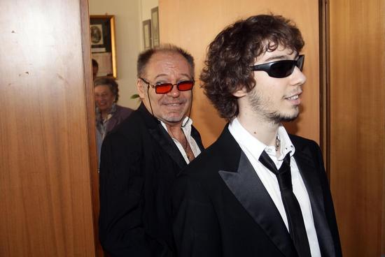 Matrimonio Tema Vasco Rossi : Oggi sposi vasco rossi matrimonio del luglio