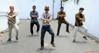 Video Jowo: Parodi Gangnam Style Versi Jawa Indonesia