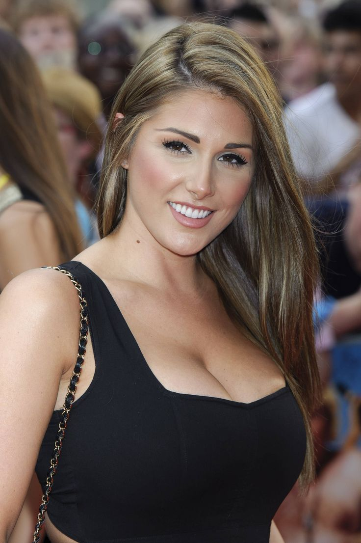 Celebrity Photos and Gossip: Lucy Pinder Weight, Height