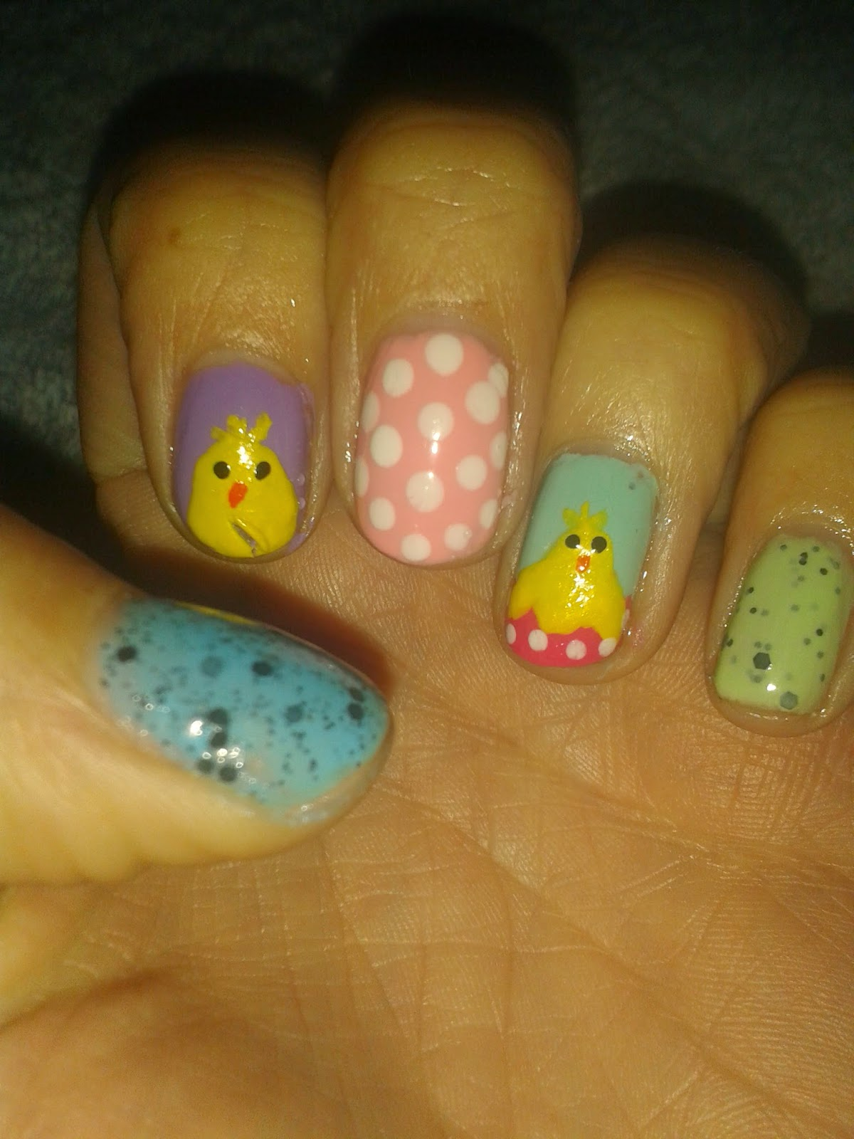 Happy Bubble Gal: Easter Nail Art