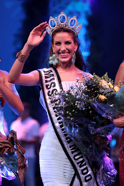 Miss Panama World Carnival Descubrimiento Reina del Carnaval de la City 2013 Virginia Hernandez