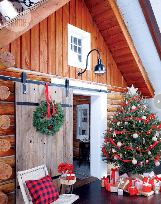 Mix and chic home tour a warm and cozy christmas log cabin - Log decor ideas let the nature in ...