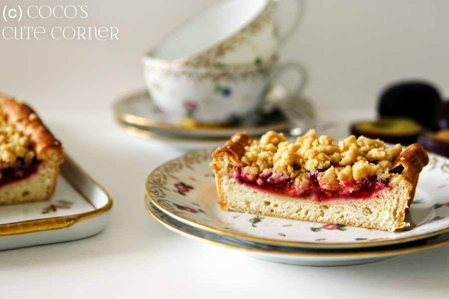 Plum Cake with Crumbles